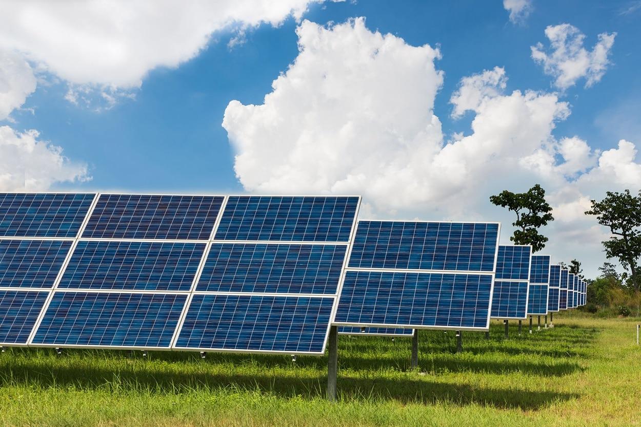 30004276_ml-solar-farm.jpg