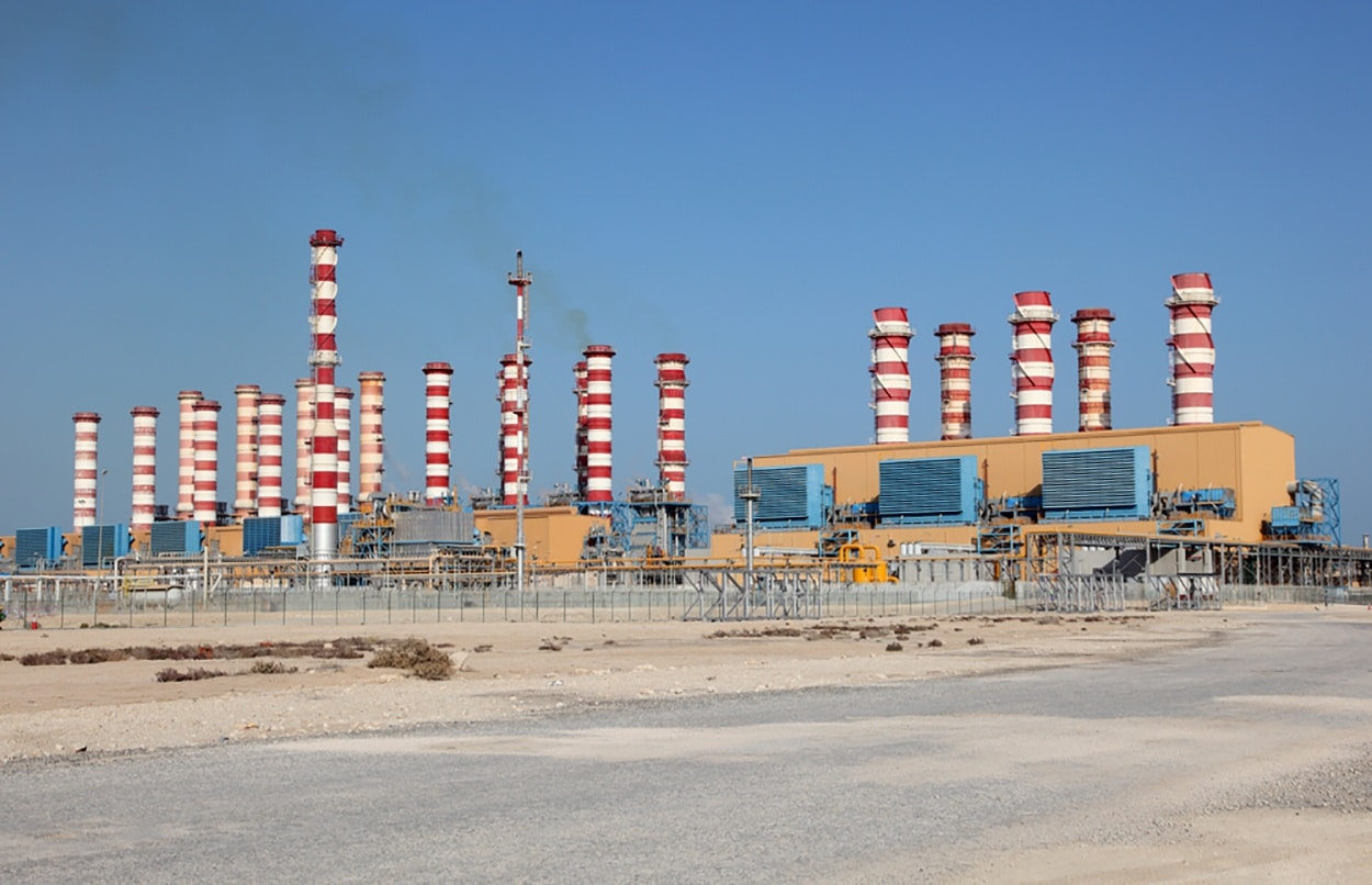 Qatar Electric Awards Energy Contracts Worth Billions