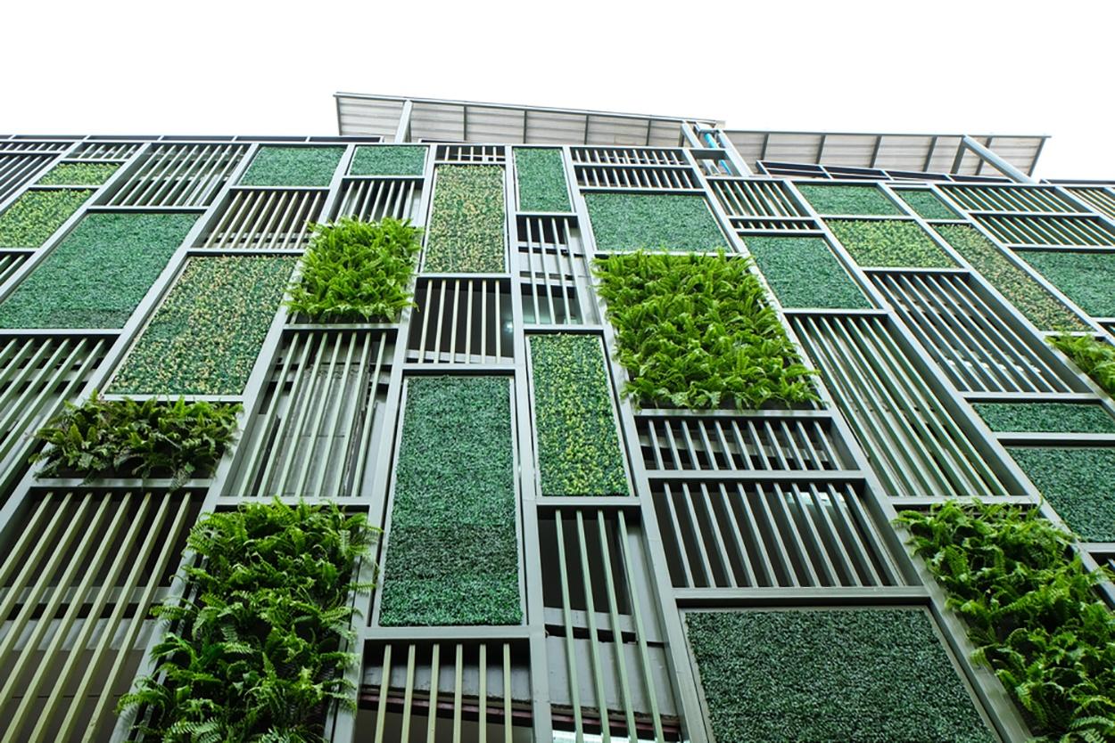shutterstock_313287029-greenbuilding.jpg