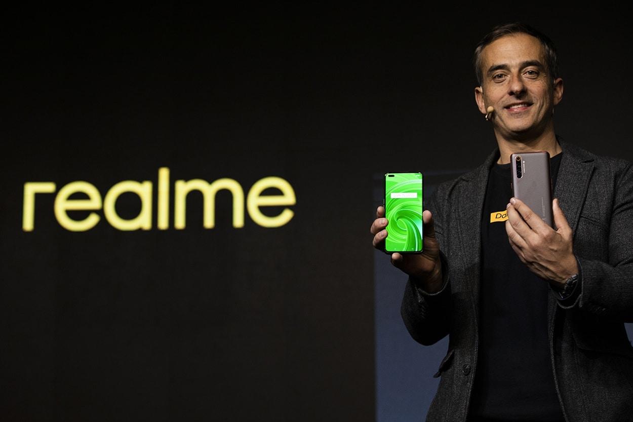 realme-X50-Pro-5G-Promises-Speedy-Returns.jpg