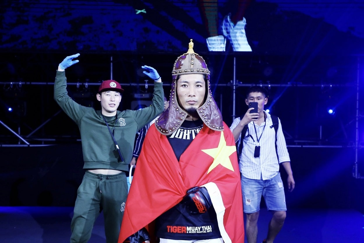 Rebel-FC-Seeks-Fightainers-for-MMA-Reality-Show-in-China.jpg
