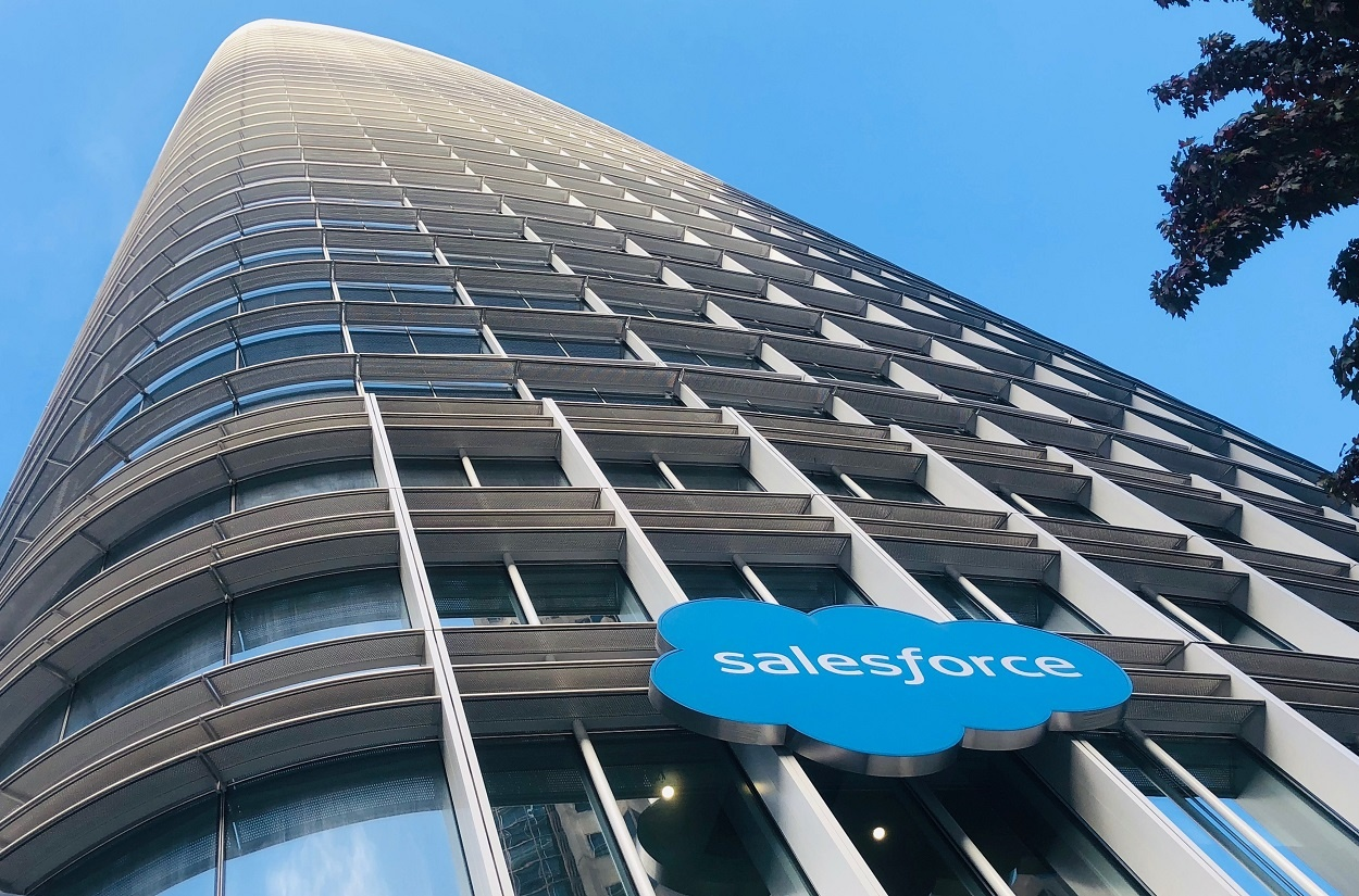 Work.com-Salesforce-Hub-Helps-Return-to-Work-Readiness.jpg